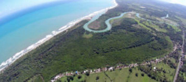 El rio Yasica y su embocadura