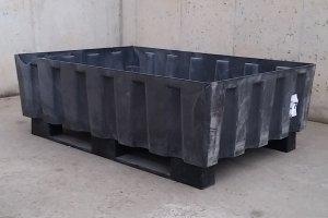 Palet contenedor de 123x83x42cm en cabauoportunitats.com