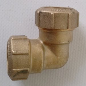 """Racor codo L compresión 3/4"""" ø25mm (10 uds) de ocasión en cabauoportunitats.com"""