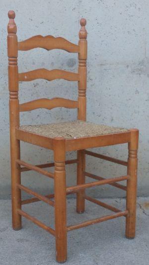 Cadira tornejada amb cul de boga d'ocasió a cabauoportunitats.com Balaguer - Lleida - Catalunya