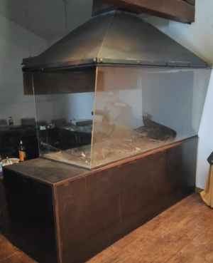 Barbacoa con cristal de protección de segunda mano en cabauoportunitats.com Balaguer - Lleida - Catalunya