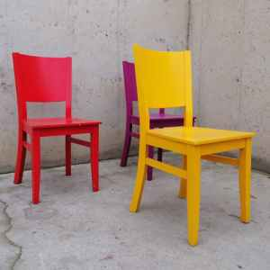 Cadires de colors de segona mà a cabauoportunitats.com Balaguer - Lleida - Catalunya