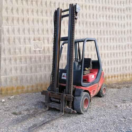Toro LINDE H 25D de segona mà amb masteler de 500cm d'alçada en venda a cabauoportunitats.com Balaguer - Lleida - Catalunya