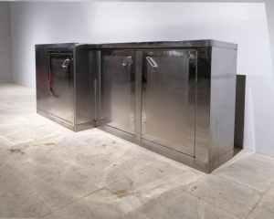 Armari d'acer inoxidable de gran versatilitat de segona mà en venda a cabauoportunitats.com Balaguer - Lleida - Catalunya