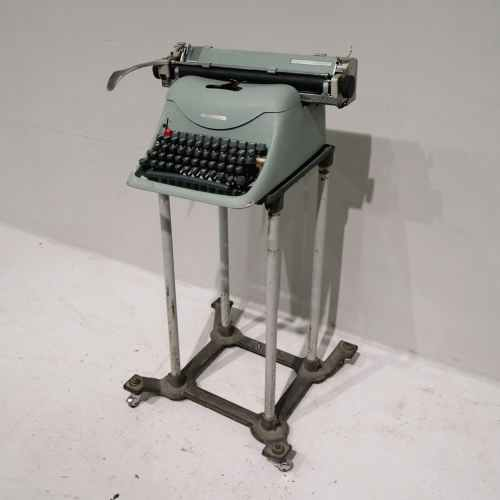 Màquina d'escriure LEXICOM amb carro de segona mà en venda a cabauoportunitats.com Balaguer - Lleida - Catalunya