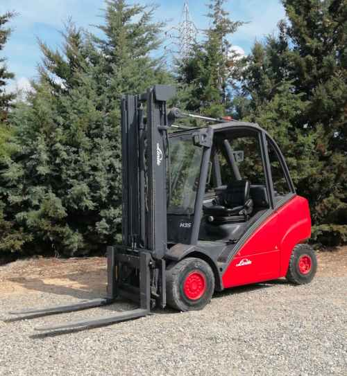 Toro LINDE H 35 D de 3500kg i 375cm d'elevació de segona mà en venda a cabauoportunitats.com Balaguer - Lleida - Catalunya