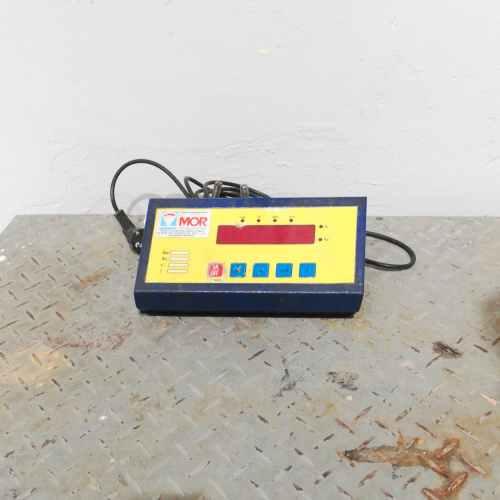 Báscula con plataforma y visor MOR en venta en cabauoportunitats.com