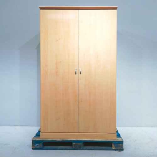 Armari de dos portes fet de melamina en venda a cabauoportunitats.com Balaguer - Lleida - Catalunya