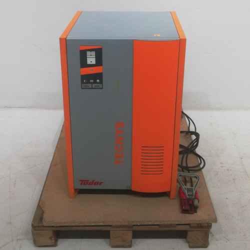 Carregador de bateries TUDOR TECNYS KP-3663 de segona mà en venda a cabauoportunitats.com Balaguer - Lleida - Catalunya