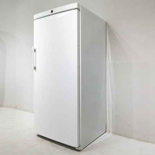 Congelador de gran capacitat LIEBHERR COMFORT de 74x74cm en venda a cabauoportunitats.com Balaguer - Lleida - Catalunya