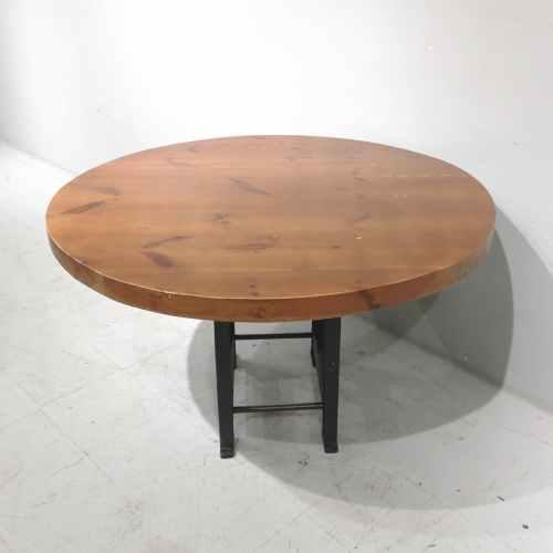 Taula rodona de fusta massissa de segona mà de ø 120cm en venda a cabauoportuntiats.com Balaguer - Lleida - Catalunya