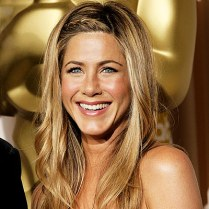 bugs_jennifer-aniston_hair_5