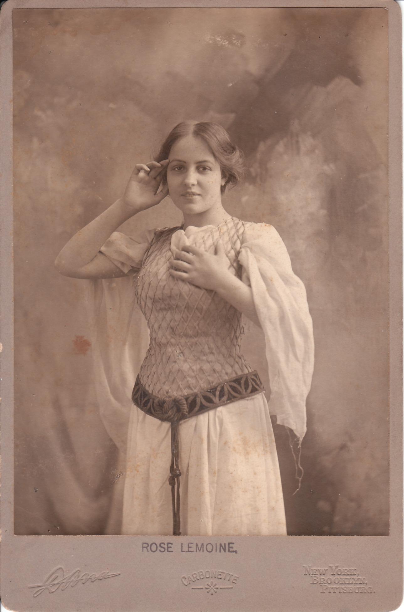 ROSE LEMOINE