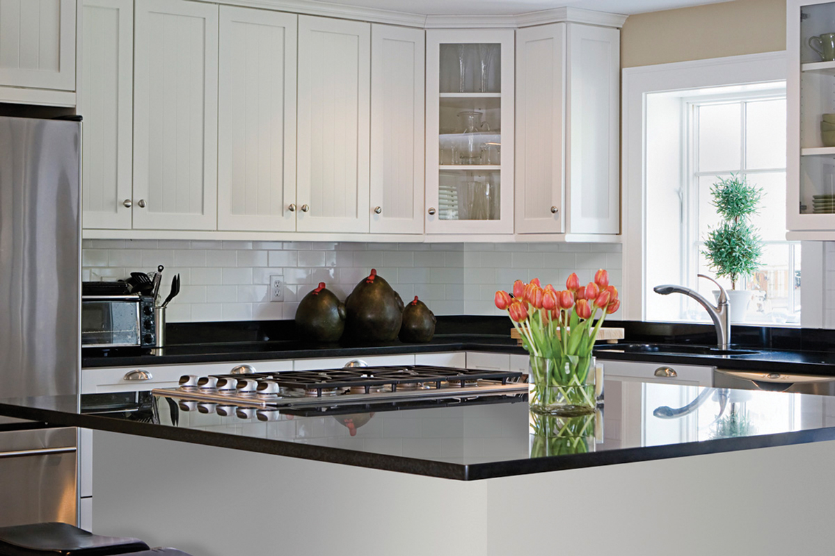 Gallery photos of cabinetsmith canadian made kitchen for Canadian made kitchen cabinets