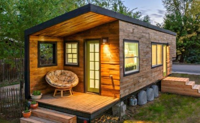 Video 4 People And A Great Dane Living In A Tiny Home