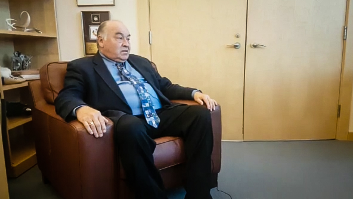 NWT 'can't have it both ways' on environment & economy, Premier warns