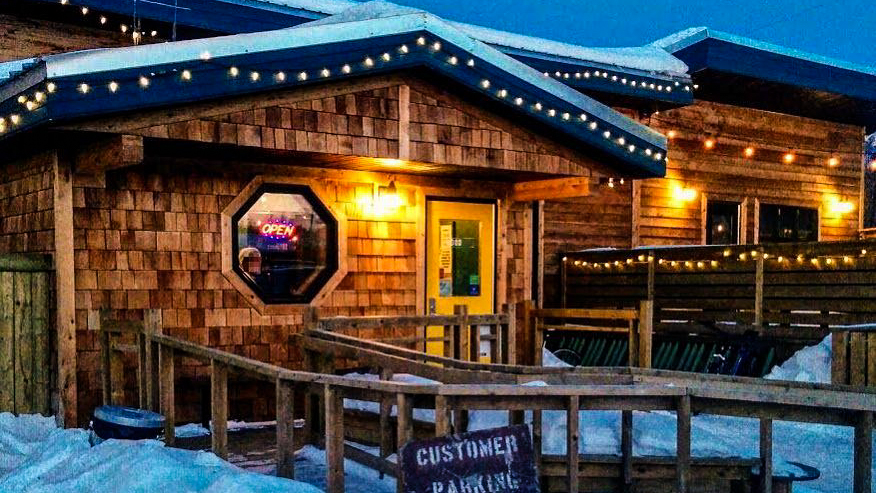 Yellowknife's brewpub squeaks into Canada's top 50 bars