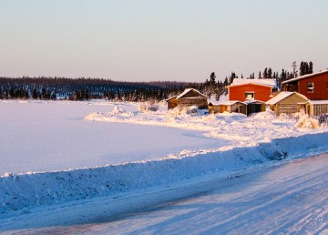 A file photo of the community ofDélįne. Mattcatpurple/Wikimedia