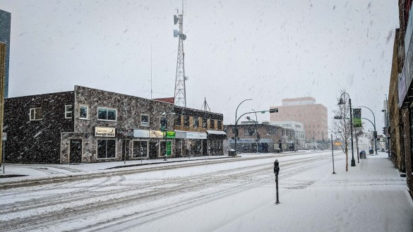 Snow falls in downtown Yellowknife on May 8, 2018
