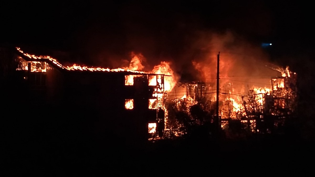 Rockhill fire: Yellowknife family housing block devastated