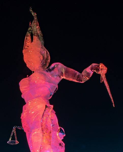Balance, the winning sculpture in the 2019 De Beers Inspired Ice carving contest
