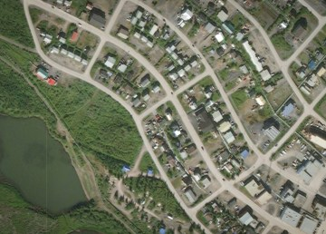 An aerial image of the Union Street area of Inuvik