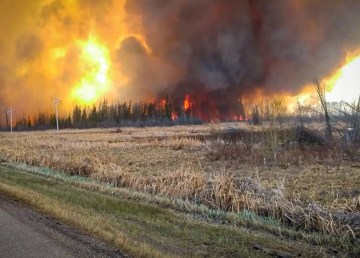 An image of the High Level wildfire taken on the May holiday weekend by Michelle Shears