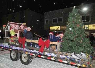 The Grinch makes an appearance at the 2019 Yellowknife Santa Claus parade