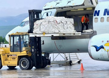 Canadian North flight cargo