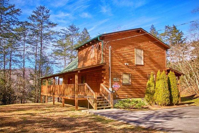 honeymoon cabin in pigeon forge | knotty and nice