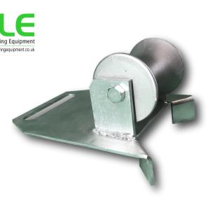 manhole lead in cable roller