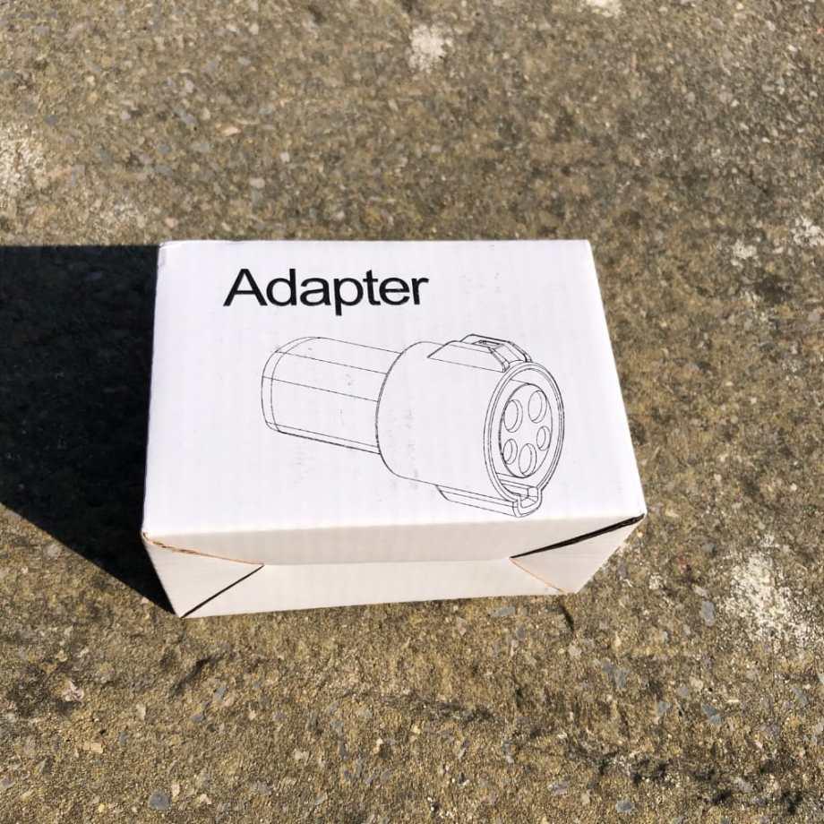 tesla-Adaptor box