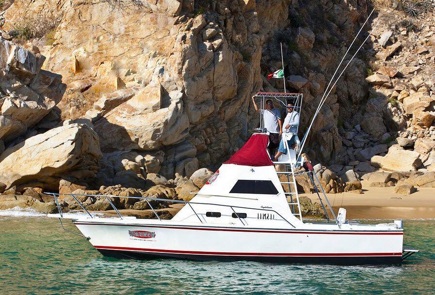 cabo fishing charters RedRum Sportfishing 32ft Crystaliner, RumRunnin