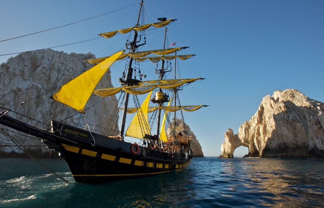 buccaneer queen pirate ship charter boat and sunset tours in Los Cabos