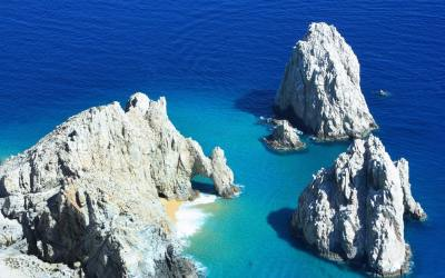 Vacation in Cabo San Lucas: A Couple's Retreat