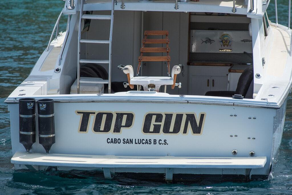 top gun sport fishing los cabos, redrum sportfishing cabos san lucas 33ft wellcraft sportfisher berth