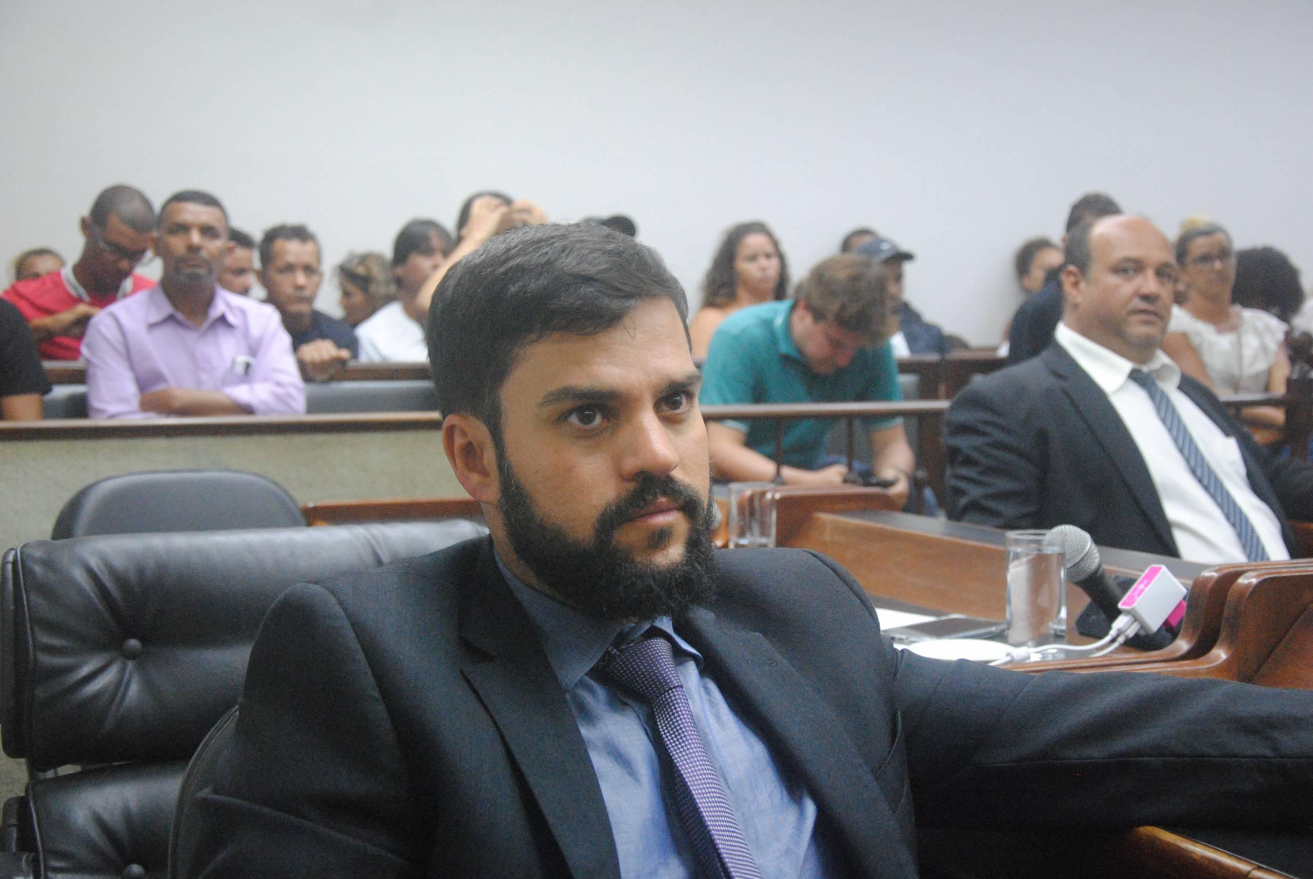 Miguel Alencar retorna ao posto de vereador na Câmara de Cabo Frio