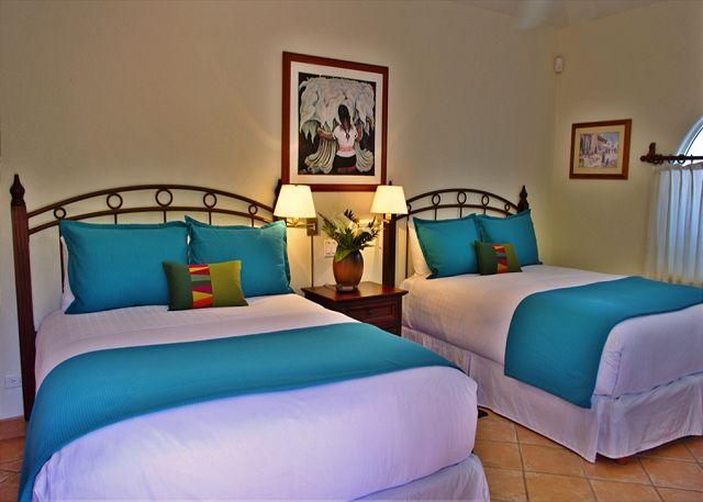 agave-azul-bedroom-queen
