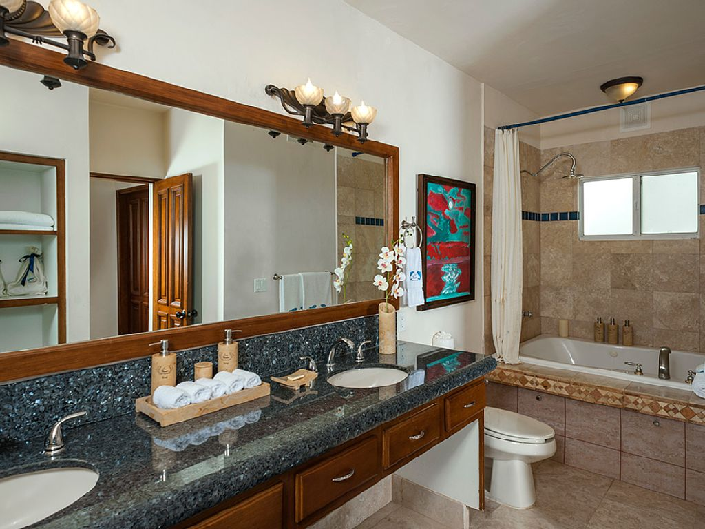 casa theodore in Pedregal los cabos luxury vacation villas cabo san lucas bathroom
