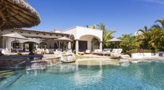 villa damiana los cabos luxury vacation rentals cabo san lucas pool and jacuzzi view
