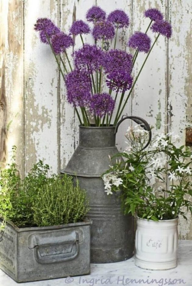 Front Door Flower Pots Ideas - Rustic Galvanized Metal Porch Planters - Cabritonyc.com