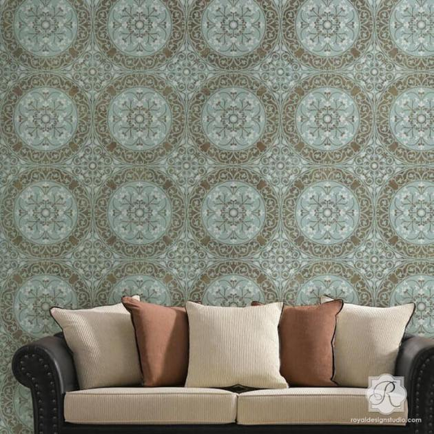 Accent Wall Ideas - Damask Stencil Accent Wall Decor - Cabritonyc.com