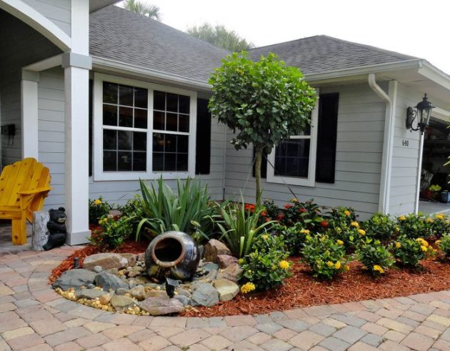 Front Yard Landscaping Ideas: Mini Water Function Entryway - Cabritonyc.com