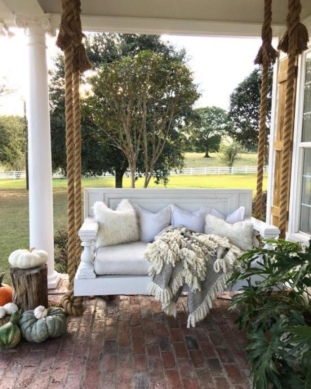 Farmhouse Porch Decorating Ideas - Hanging Manor Bed Porch Swing - Cabritonyc.com