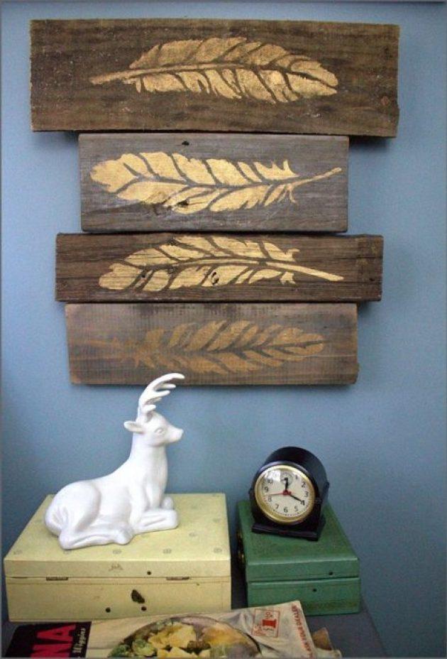 Rustic Wall Decor Ideas - Stenciled Metallic Feathers on Weathered Wood Blocks - Cabritonyc.com