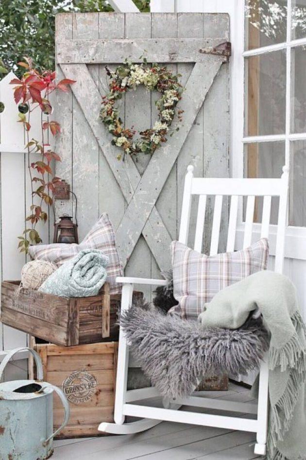 Farmhouse Porch Decorating Ideas - Barn Charm Rustic Farmhouse Porch Decor Ideas - Cabritonyc.com
