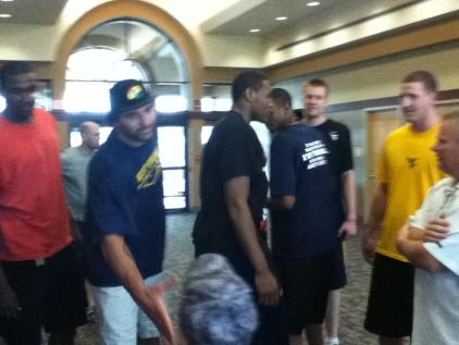 Zach-Miracle-71-Zach-with-WVU-Basketball-Team-at-HealthSouth-2012-07-19