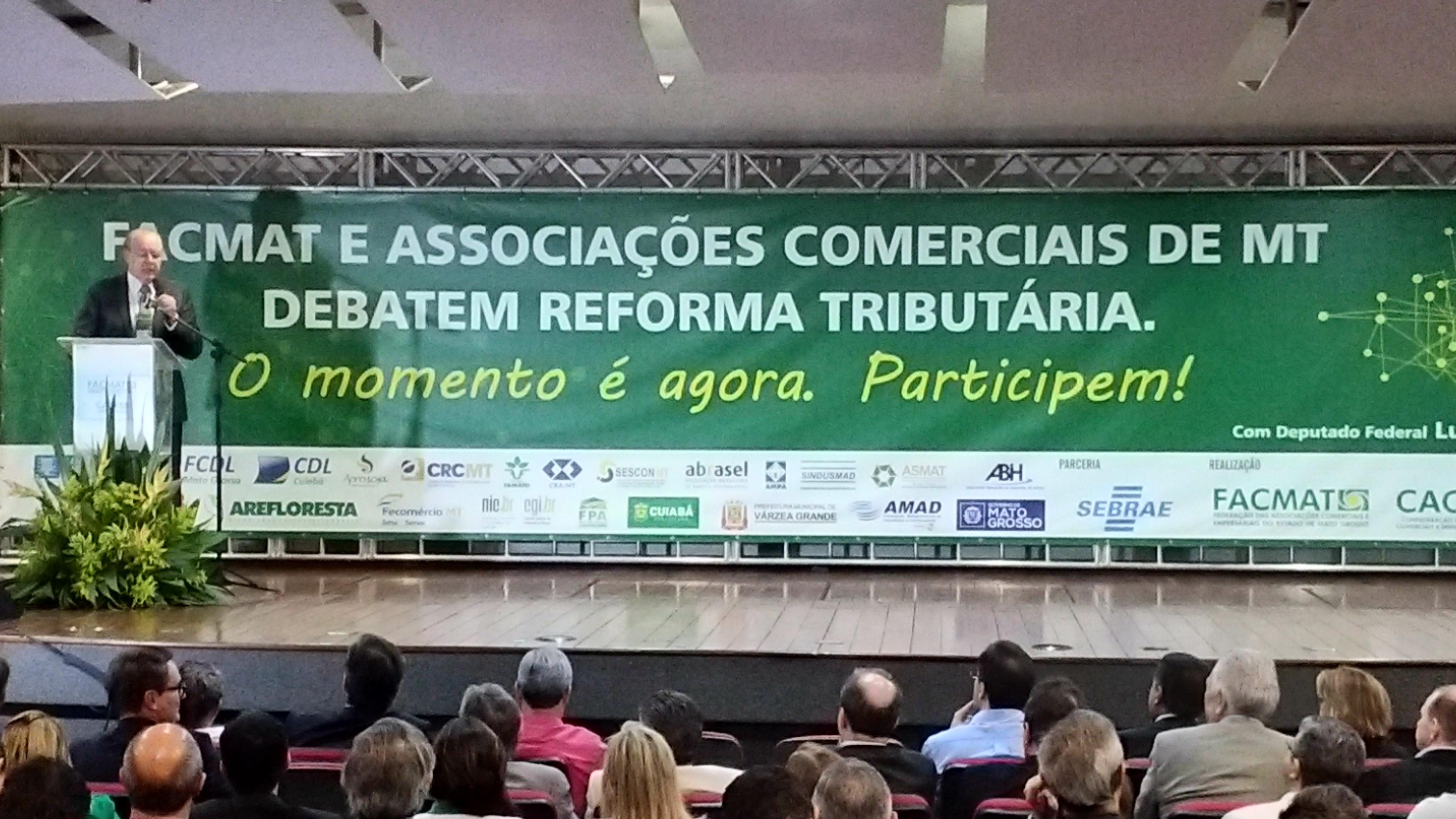 Relator da reforma tributária ministra palestra em encontro da Facmat