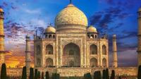 Taj Mahal and Agra City Tour by Tuk Tuk With Private Guide & Lunch