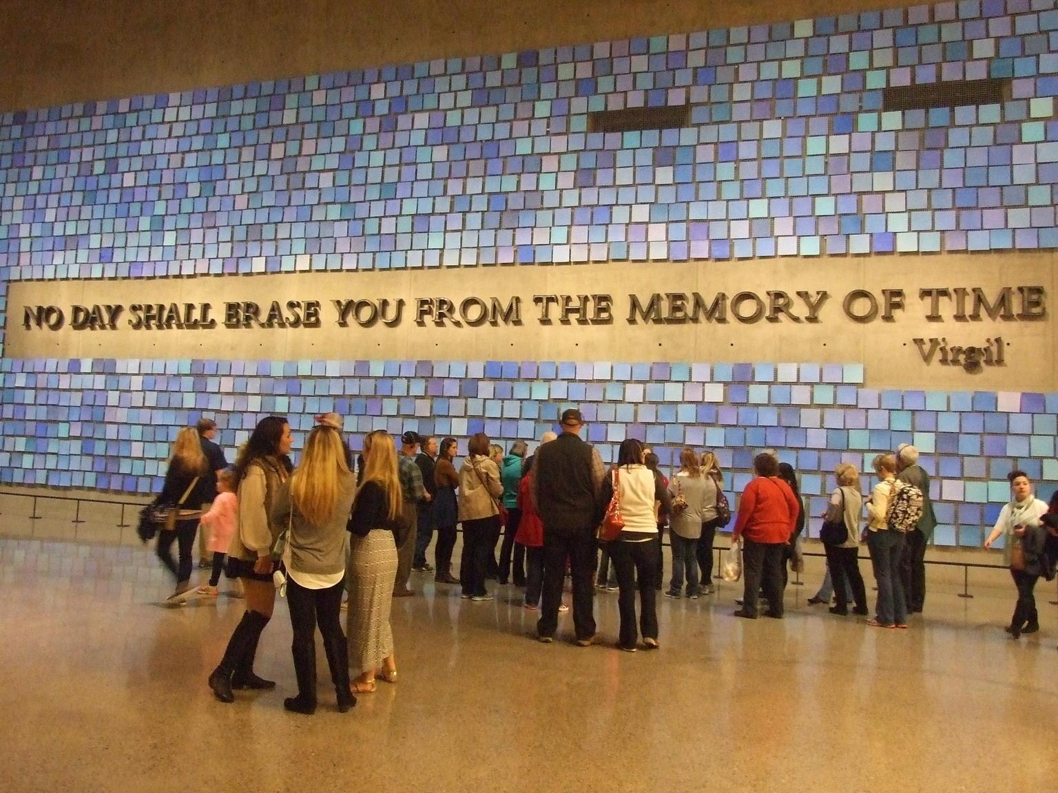 9/11 Memorial and Ground Zero Walking Tour with Optional 9/11 Museum Upgrade-走四方旅遊網